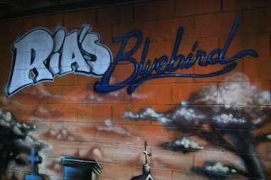 Ria's Bluebird Cafe