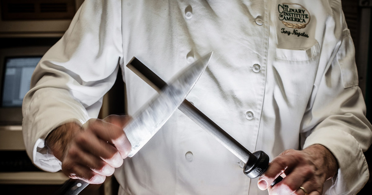 15 stupidly simple cooking tips from famous chefs and the CIA