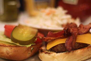 Burger at Beauty's