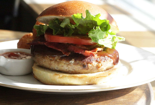 Don\'t have a cow: the 6 best burgers NOT made with beef