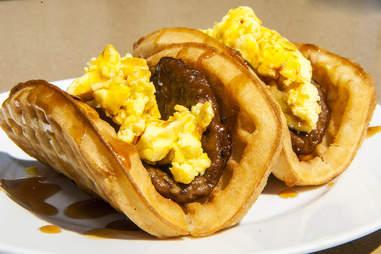 waffle taco bell breakfast