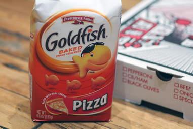 pizza goldfish