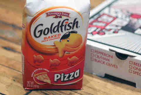 pizza goldfish