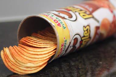 pizza-flavored pringles