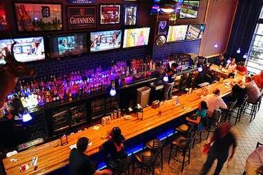 R.U.B. BBQ Pub Best Tigers Bars DET