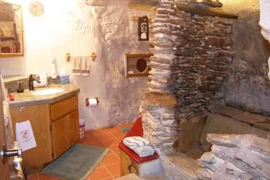 koko cave bathroom