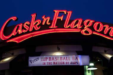 Cask 'n Flagon Best bars near Fenway Boston