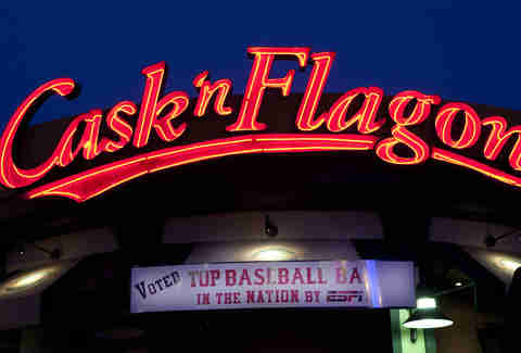 Cask 'n Flagon Best bars near Fenway Boston