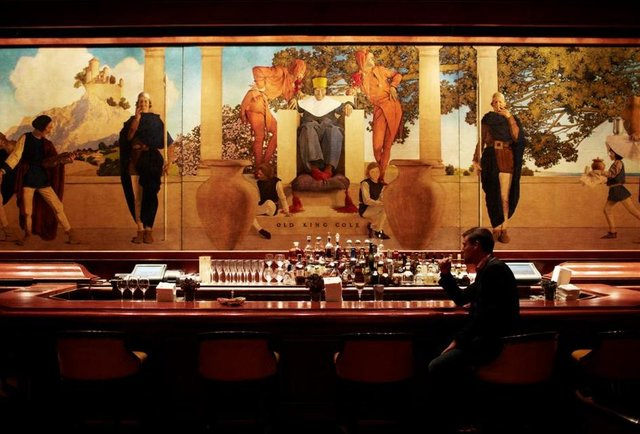 Drink 12 of the world\'s most classic cocktails in the bars that invented them