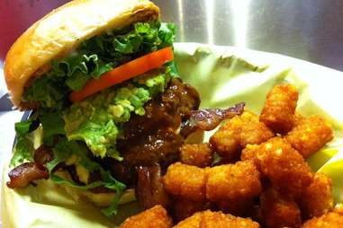 chunky's burgers and more
