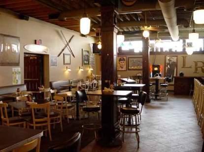 Harry's Detroit Bar