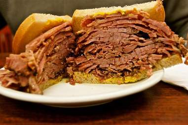 Smoked meat sandwich at Lester's