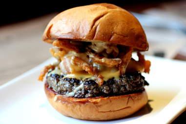 Manly Burger, Rrrow!