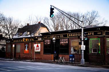 Doyle's Cafe Oldest Bars BOS