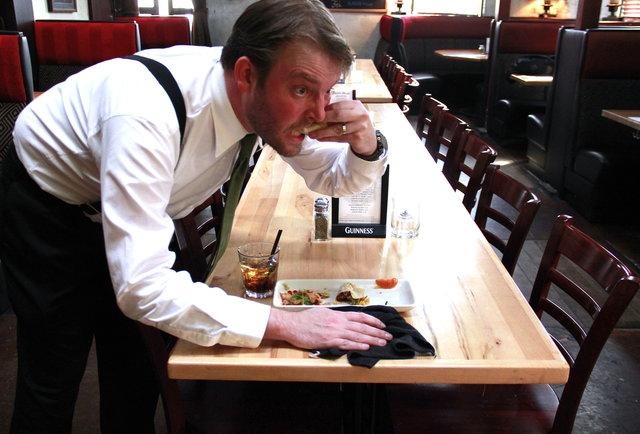 26 restaurant secrets only servers know