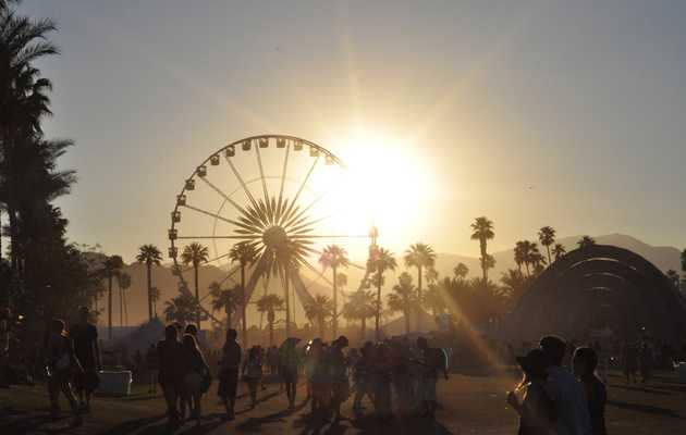 The 12 stages of Coachella, explained by 90210 GIFs