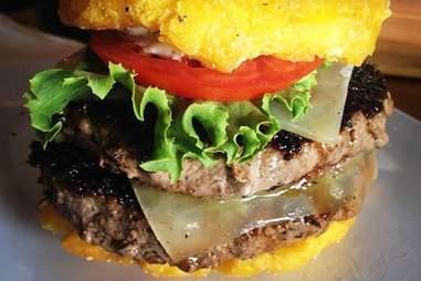 Toston Burger at Pincho Factory
