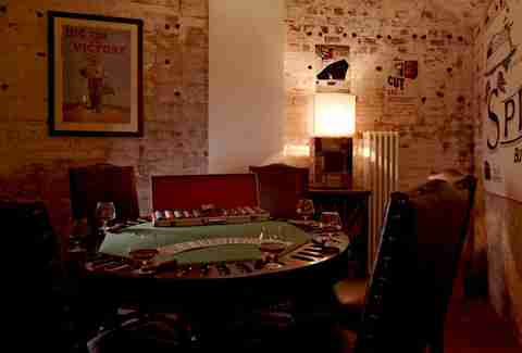 poker table fort spitbank