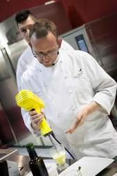 Anteprima Ristorante chef Daniel Facen in kitchen