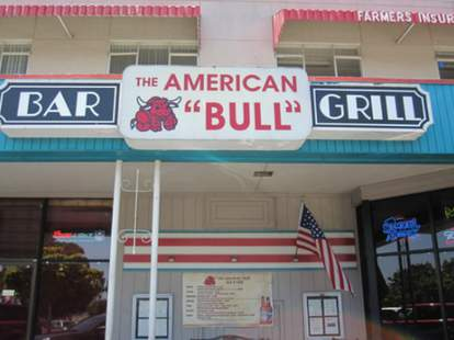 The American Bull Bar & Grill SF