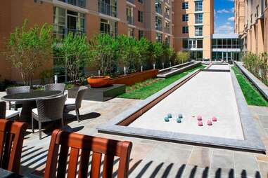 Highland Park Apartment Perks DC