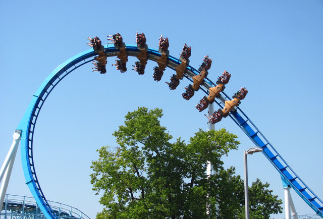 8 record-breaking roller coasters from around the world