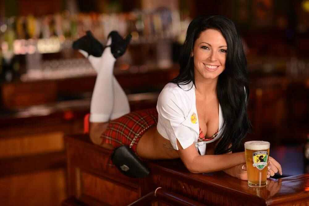 Tilted Kilt, Twin Peaks, Heart Attack Grill, and more restaurants to visit  besides Hooters - Thrillist
