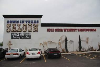 Down in Texas Saloon Strip club food review ATX