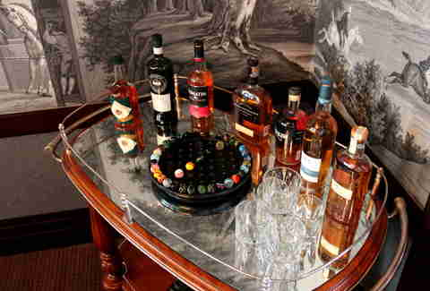 Bar cart at Wingtip