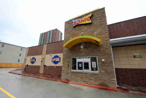 Chicago first sonic fast food