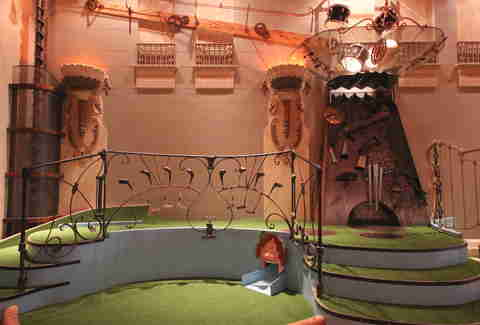 Musical hole at Urban Putt