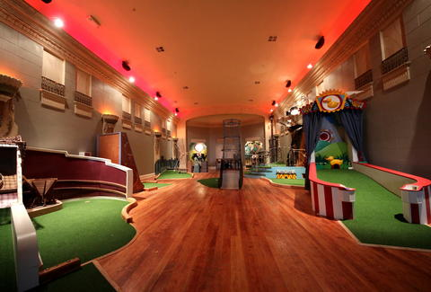 Miniature Golf Mission Bars Restaurants Urban Putt SF ...