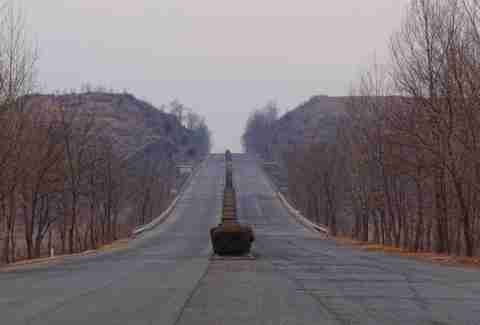 north korean road