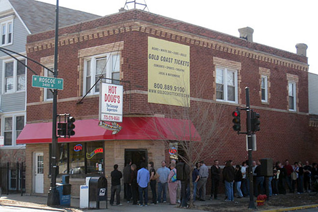 An open letter to Hot Doug\'s: please don't close Chi\'s best hot dog stand