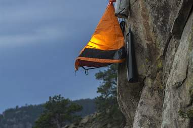tent cliff camping