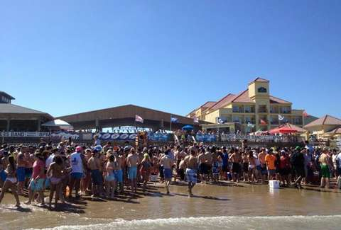 Clayton S Beach Bar And Grill