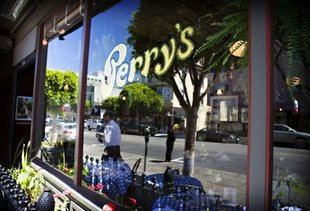 Perry's on the Embarcadero