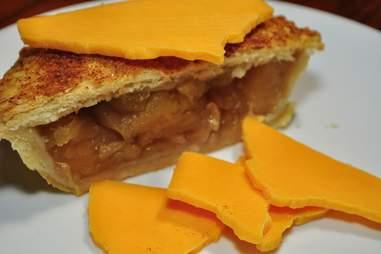 cheddar cheese apple pie