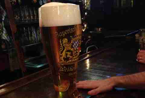 Giant beers - das boot - NYC
