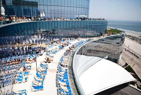 Toronto Hotels With Outdoor Pools