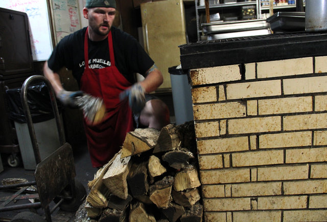 Louie Mueller\'s BBQ Apprenticeship