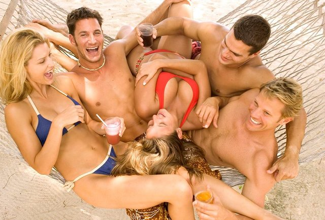Orgy Resorts 85
