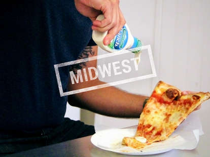 pizza with ranch dressing