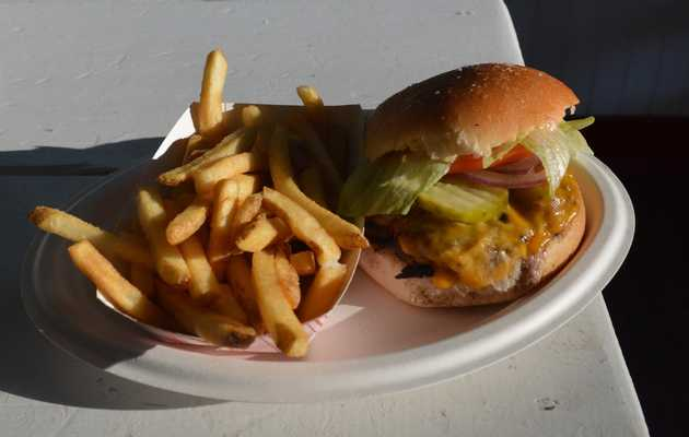 The 5 best burgers in the Hamptons