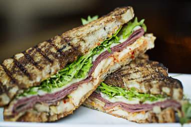 Zentan Under the radar sandwiches DC