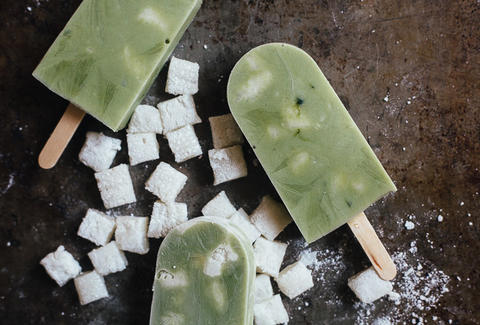 Matcha mochi yogurt pops