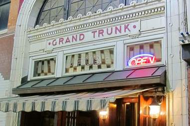 Foran's Grand Trunk Pub People Mover Bar Crawl DET