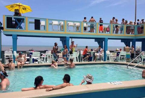 Float Pool & Patio Bar HOU