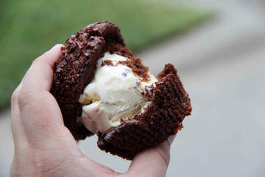 cupcake ice cream sandwich