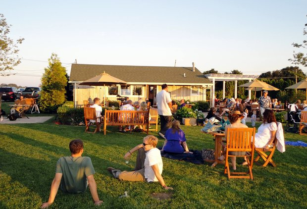 The Hamptons\' 5 best day drinking spots